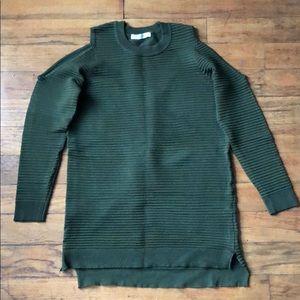 Open shoulder tunic